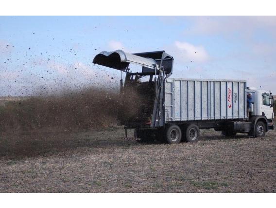 Esparcidor de Enmiendas Orgánicas Sólidas Fliegl Truck ADW 271