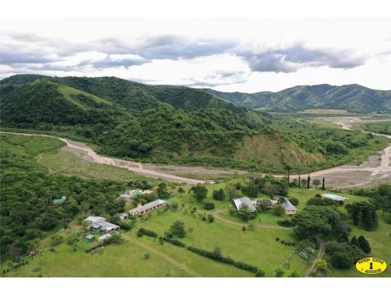 2570Hp Venta Chacra 16H Casco Al Borde De Río Y Cerro