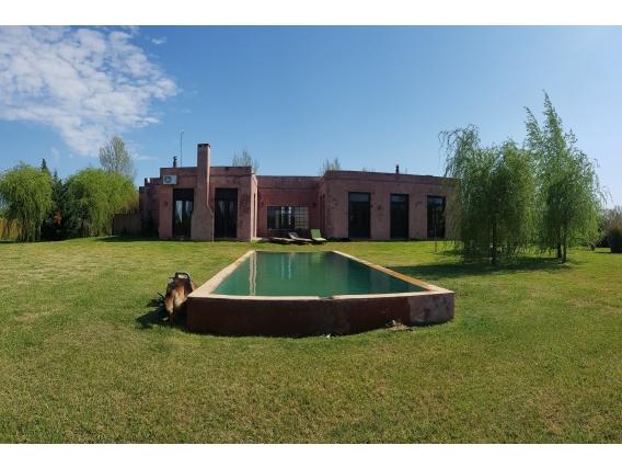 5.000 M2. Casa En Haras El Malacate