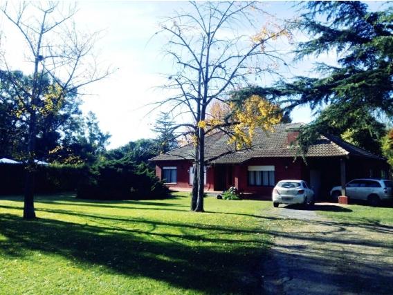 5.350 M2 Casa De Capilla Del Señor