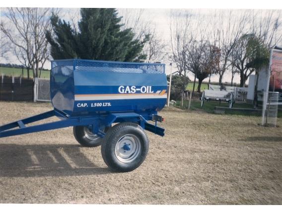 Acoplado Tanque Riego Metal CH1800-2000