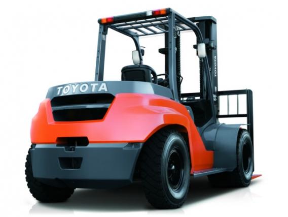 Autoelevador Toyota 8FD70N
