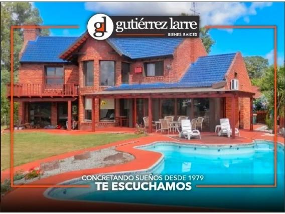 Casa en Barrio privado Marina de Santa Lucia