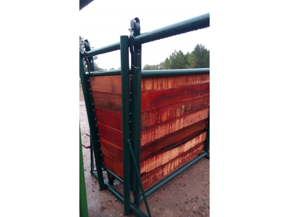 Mangas de caño petrolero y madera Agro Dym