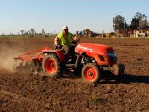 Tractor Hanomag AGR2