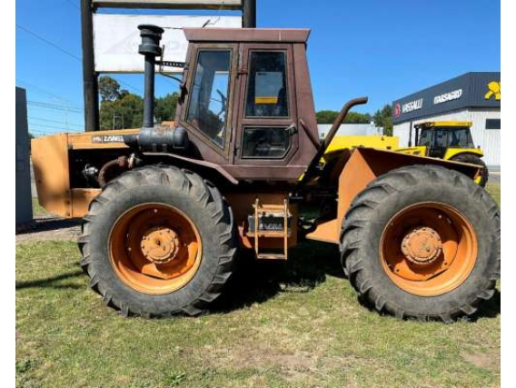 Tractor Zanello 4200 Rodado Simple 18.4- 34