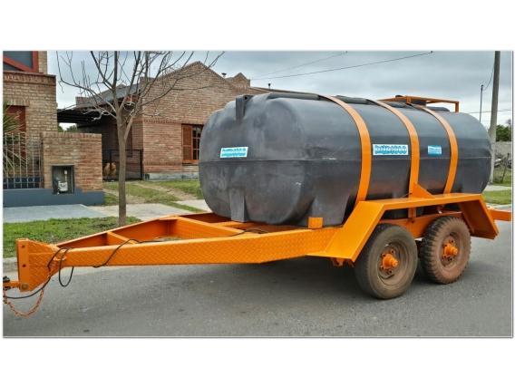 Acoplado Cisterna Tanque Plastico 4.500 Lts. Cp1006