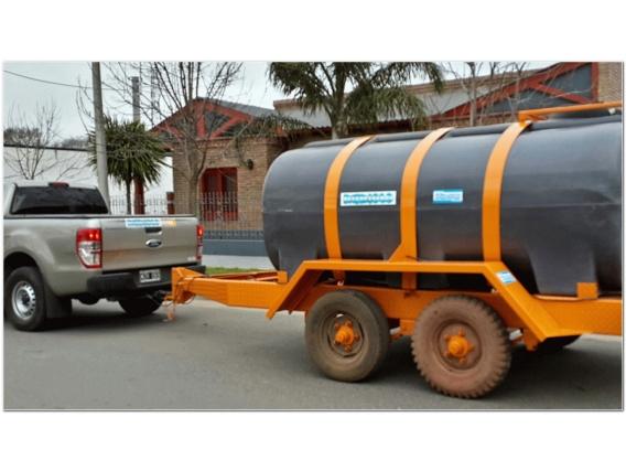 Acoplado Cisterna Tanque Plastico 6.000 Lts. Cp1008