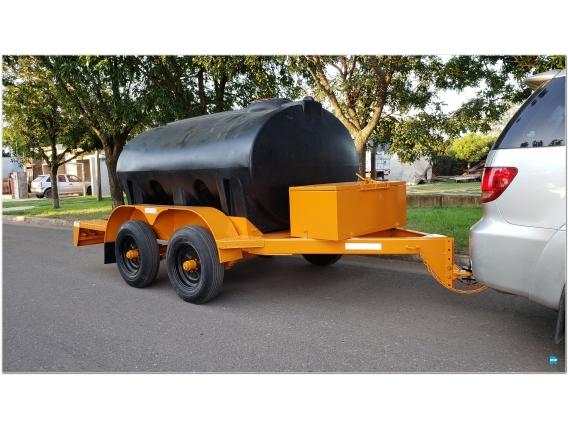 Acoplado Cisterna Tanque Plastico 3.680 Lts. Cp1005