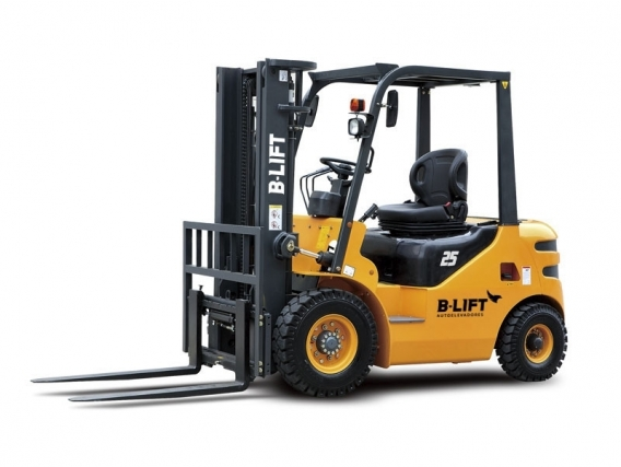 Autoelevador B-Lift 2.5 Tn Diesel