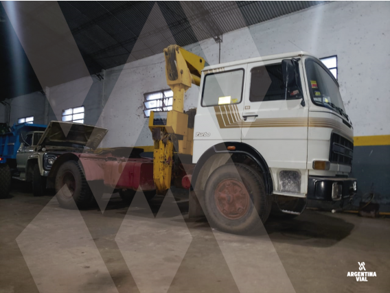 Camión Con Hidrogrua Fiat 150 Id487