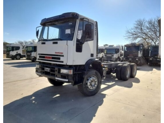 Camión Iveco Tector 260E25 - Año: 2011