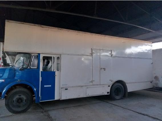 Camion 1114 Con Caja Mudancera