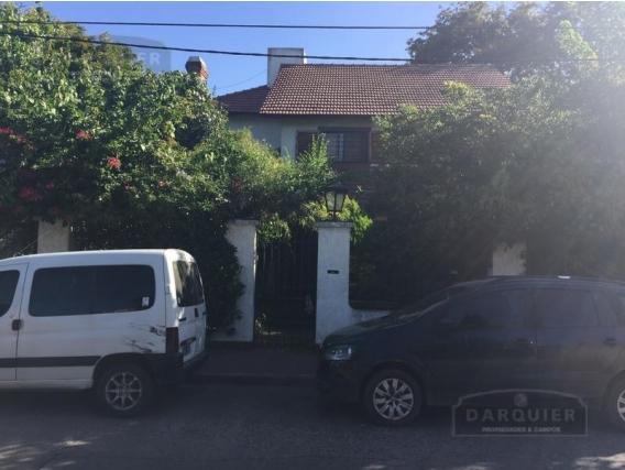 Casa 3 Dormitorios - 493 M2 - Adrogué