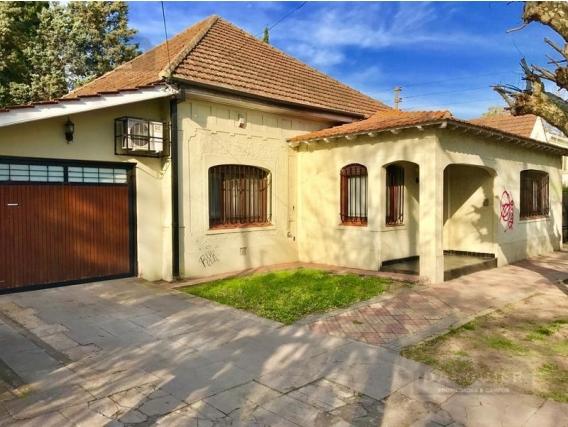 Casa 3 Dormitorios En Venta - 376 M2 - Cordero 461