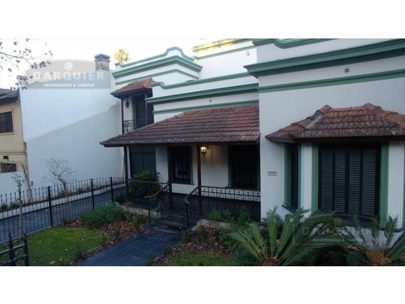 Casa 6 Dormitorios - 775 M2 - Adrogué