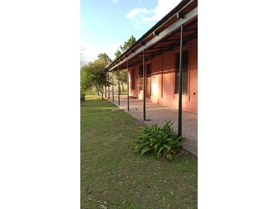 Casa de campo de 100 m2 en Irazusta, Entre Ríos.