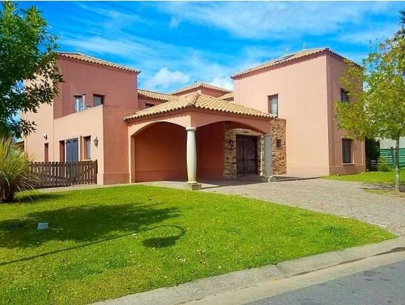 Casa En Venta. Cabos Del Lago, Nordelta, Bs As. 527 M2