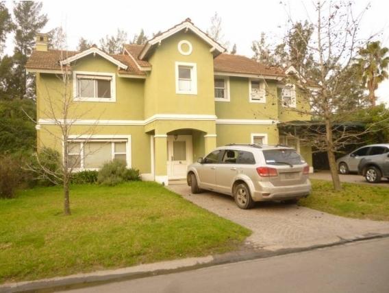 Casa En Venta. La Caballeriza, Pilar, Bs As. 230 M2