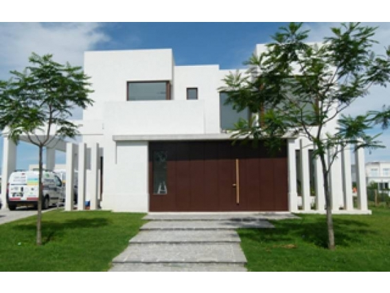 Casa En Venta. Lagos Del Golf, Nordelta, Bs As. 390 M2