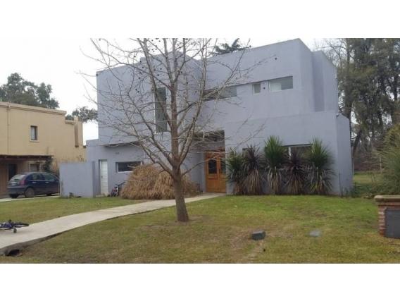 Casa En Venta. Springdale, Pilar, Bs As. 850 M2