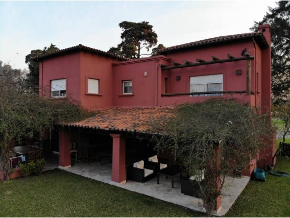 Casa En Venta. Springdale, Pilar, Bs As. 410 M2