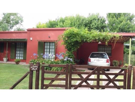 Casa Quinta 170 M2. Calle La Espadaña. Brandsen.