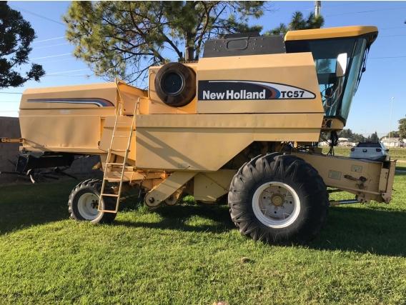 Cosechadora New Holand TC57