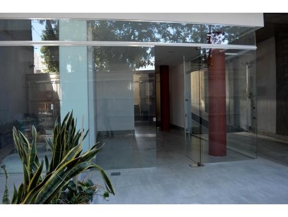 Local Comercial 42 M2 - Jose Ingenieros 800
