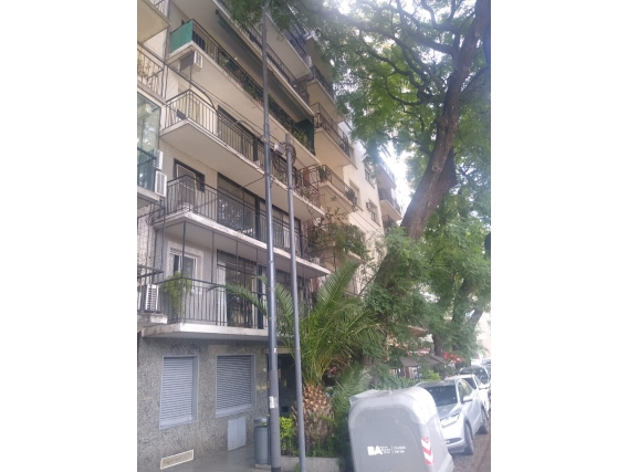 Depto 128 M2. Calle Av. Del Libertad. C.a.b.a.