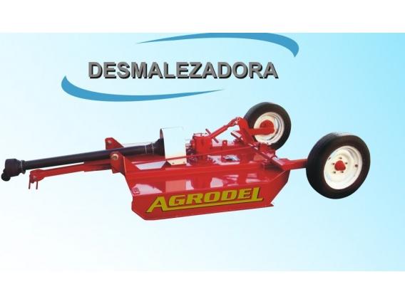 Desmalezadora De Arrastre Agrodel 1.50 Mts De Corte.