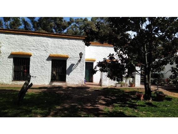 Casa De Campo De 300 M2 En La Plata, Pcia De Bs As