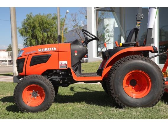 Tractor Kubota B2320T Turf