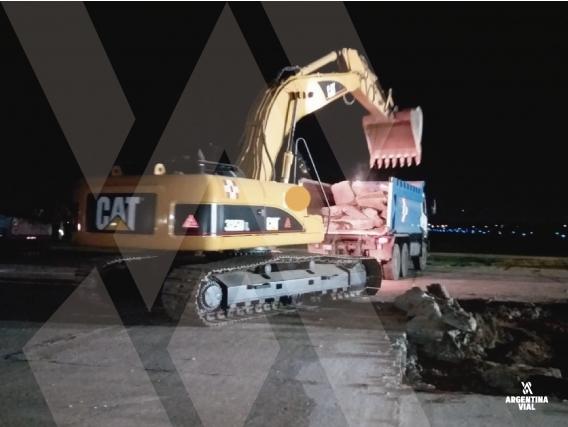 Excavadora Caterpillar 325 Dl Id671