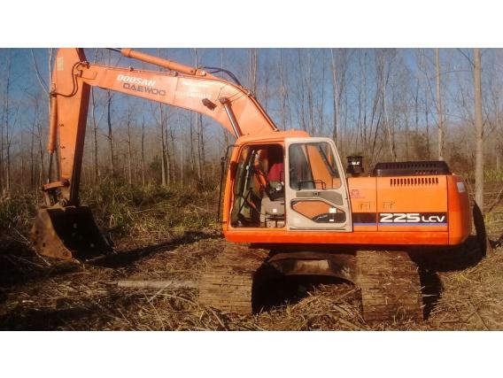 Excavadora Doosan S225