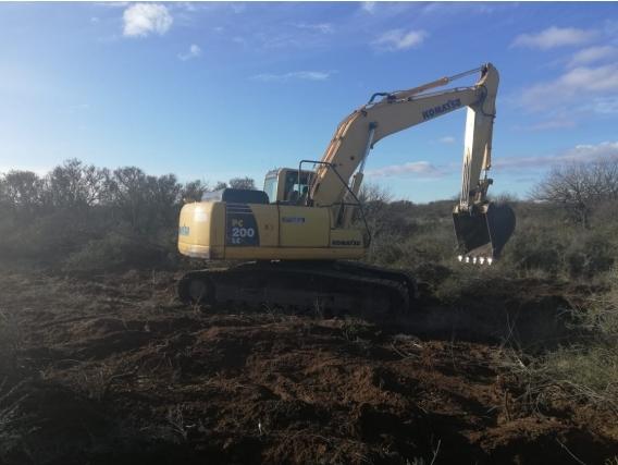 Excavadora Komatsu Pc200 2013