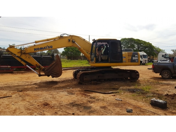 Excavadora Komatsu Pc200 Lc