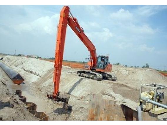 Excavadora Sobre Oruga Doosan Dx225Lc Slr