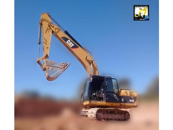 Excavadora Sobre Orugas Caterpillar 320 D