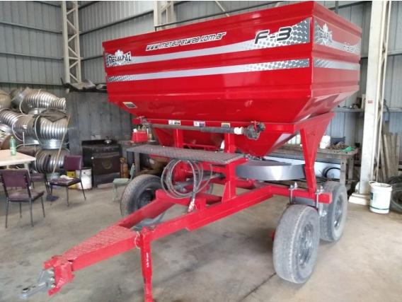Fertilizadora Metalpaz 4000 Litros