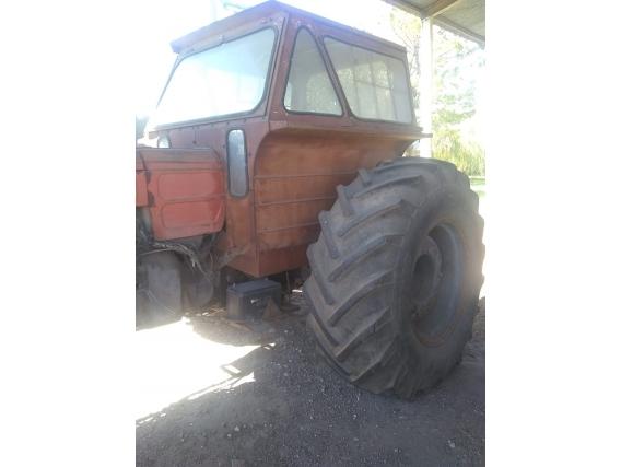 Tractor Fiat 900 año 1978