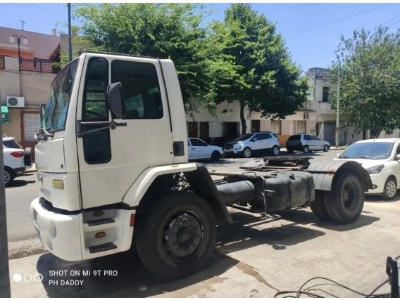 Camión Ford Cargo 1730 Tractor
