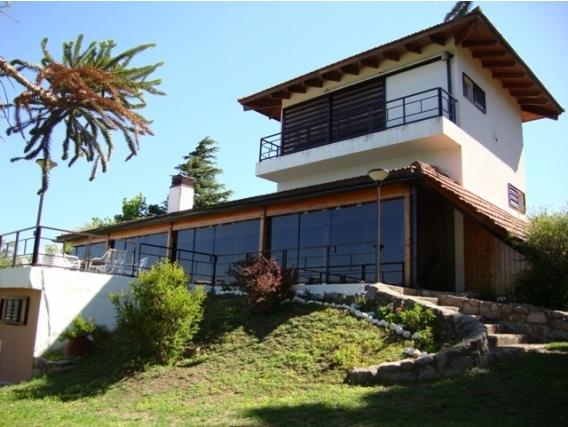 Hermosa Casa Con Costa Al Lago, Cancha De Tenis