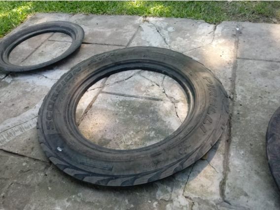 Lateral De Neumático Para Cobertura De Membrana
