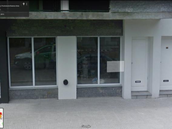 Local En Alquiler. Castelli, Bs. As.1 Ambiente