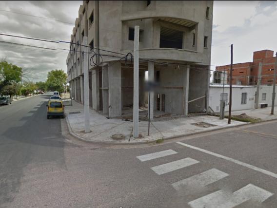 Local En Venta. Trenque Lauquen, Bs. As. 100.00 Mts