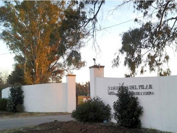 Lote En Venta. Casuarinas Del Pilar, Bs As. 1350 M2