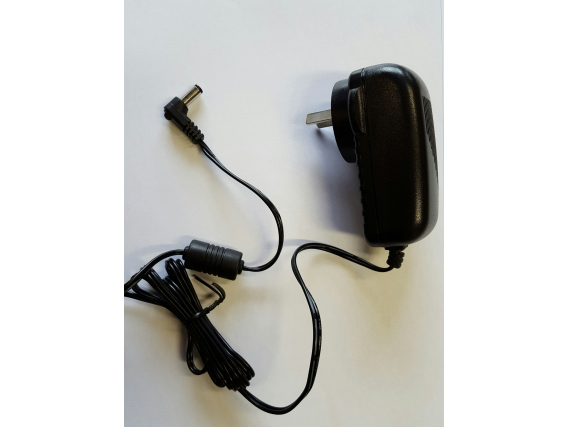 Microcargador Picana 220V P/solares Compac