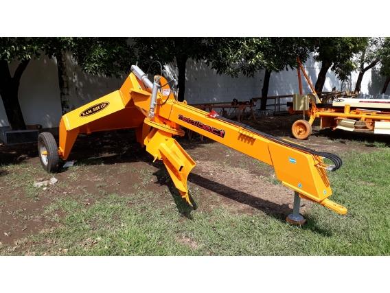 Niveladora De Arrastre Metalbert 2 Ruedas 1700 Kg