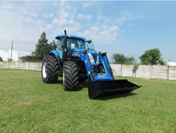 Pala Cargadora OM-600-F Euro Base (Para Tractor New Holland T7)